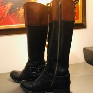 Frye Extremely Rare Two Tone Harness Melissa Boots